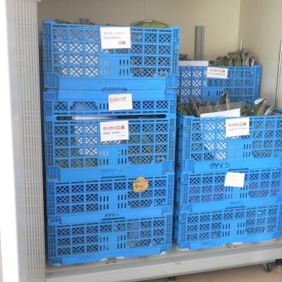 「りん」の大型冷蔵庫は、全国のお店への出荷を待つ野菜で毎日いっぱい